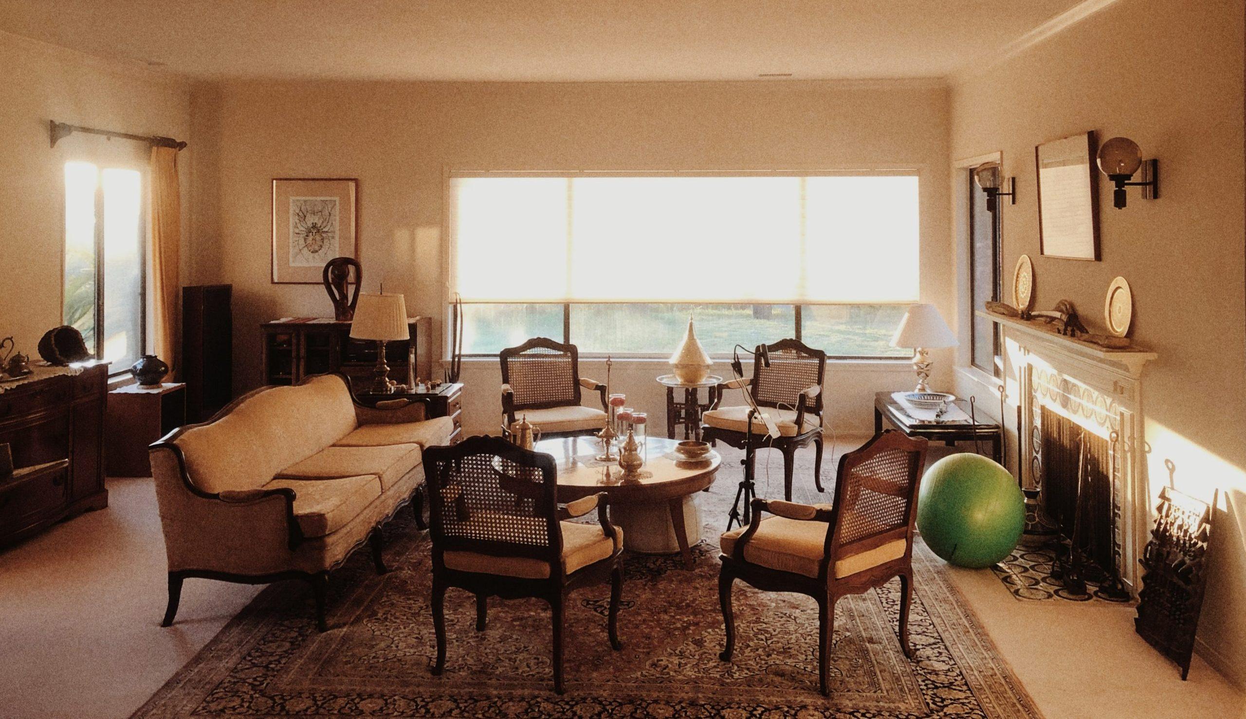 Mini Living Rooms of Grandeur